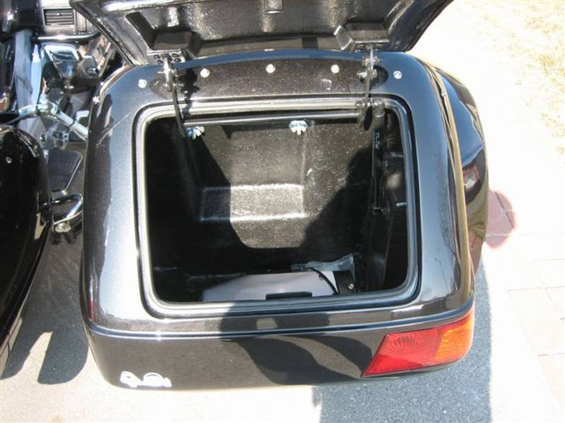 Champion Escort Sidecar trunk