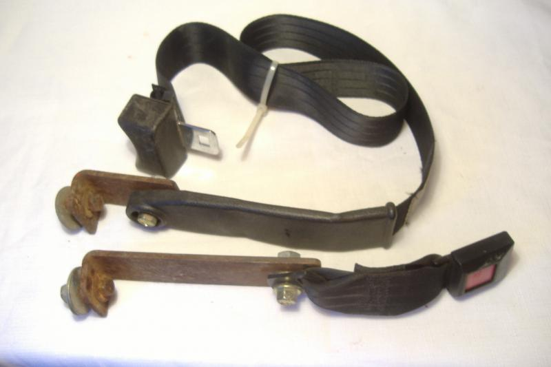 California Sidecar Friendship seat belt used