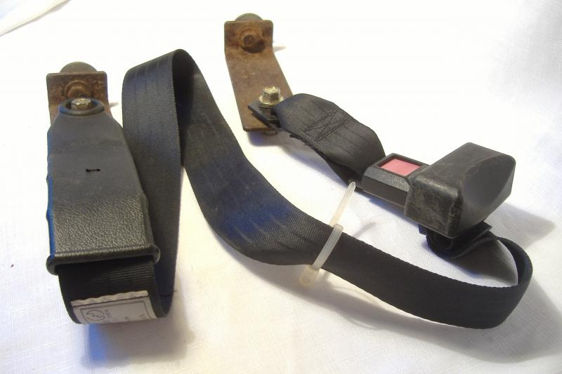 California Sidecar Friendship seat belt assembly and mounting brackets