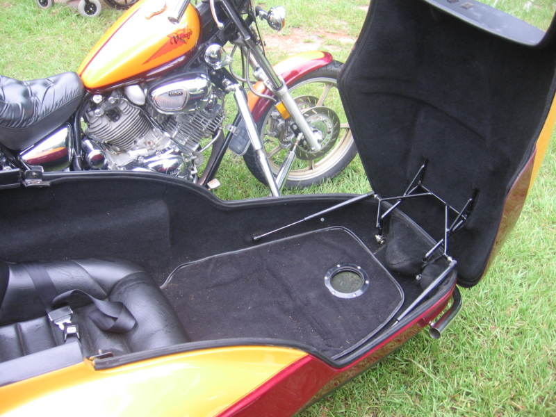 Motorcycle Sidecar air vent mounted in Champion Escort floor