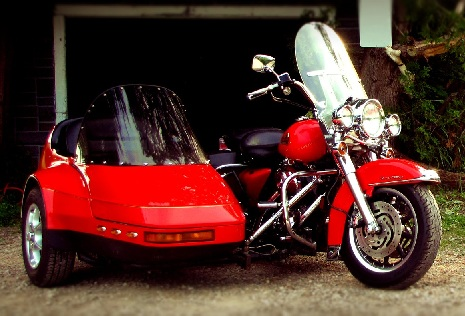 2002 Harley FLHRI & 2005 Champion Escort Sidecar Red