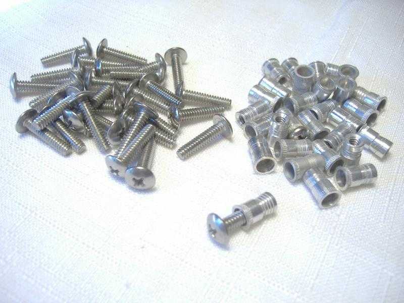 "California Sidecar insert and screw kit 1/8"" x 32 tpi x 1/2"" for snap fasteners"