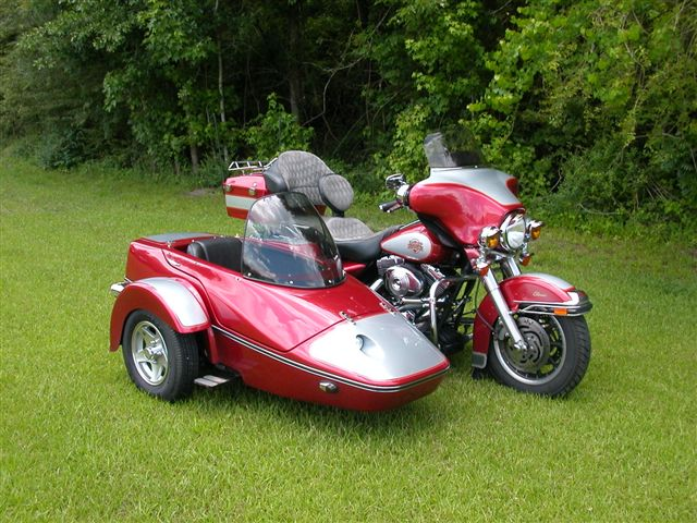 2004 Harley- Davidson FLH with 2010 Hannigan Classic Sidecar Red
