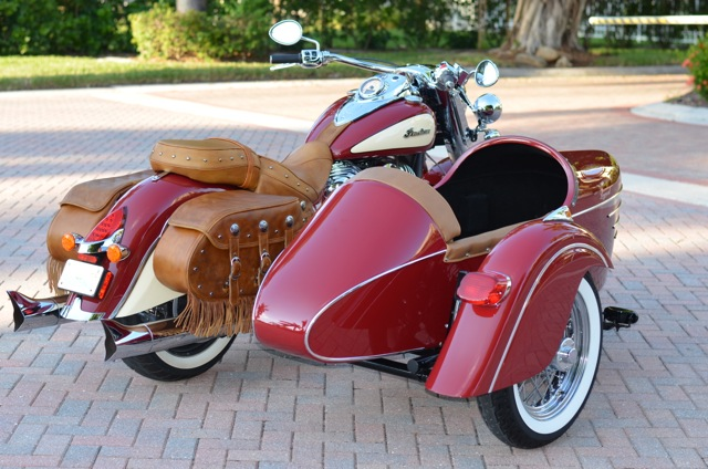 2014 Red Indian Chief Vintage  Motorcycle & 2014 Champion Legend Sidecar rear
