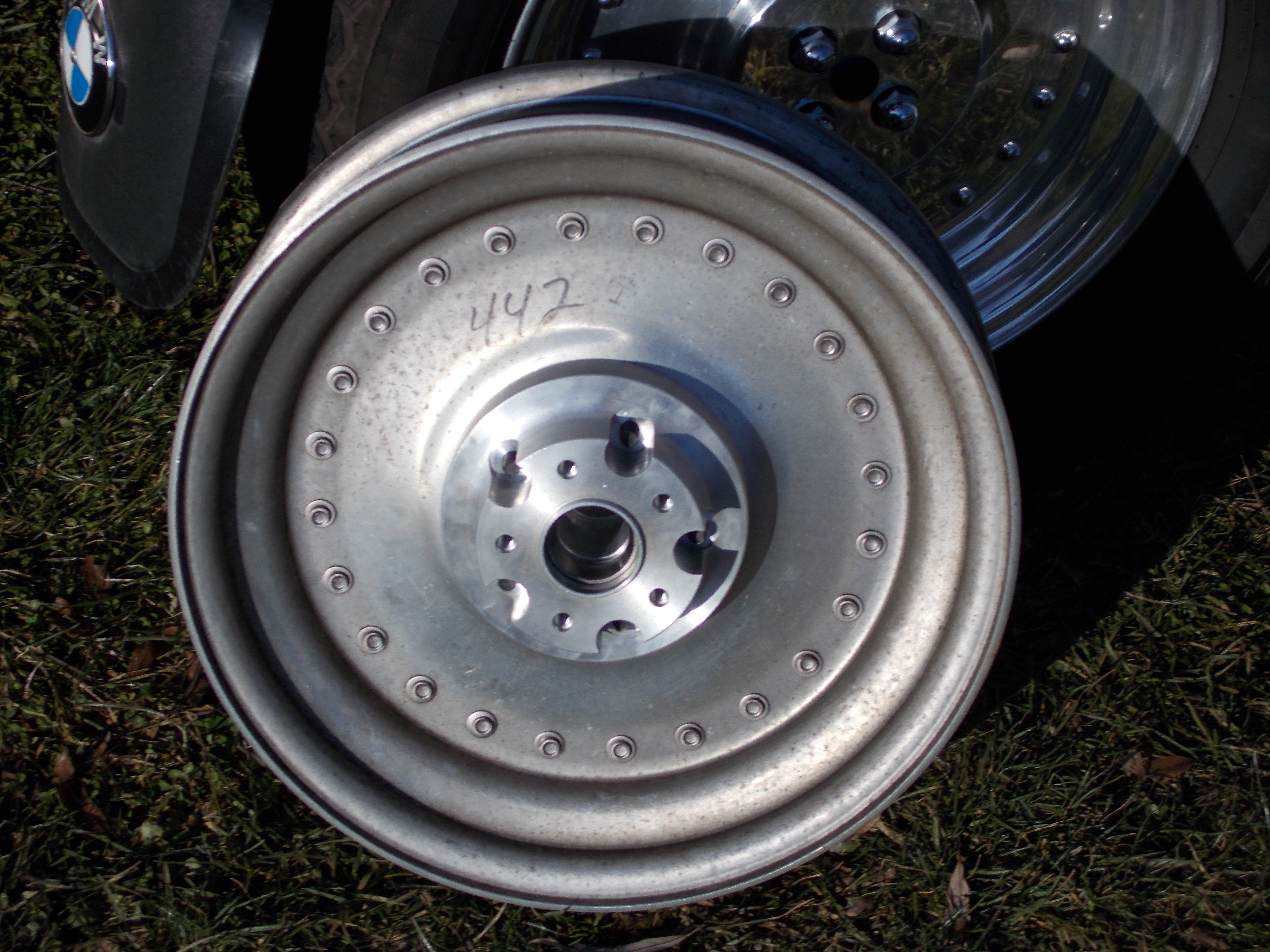 Harley Davidson darkside sidecar wheel