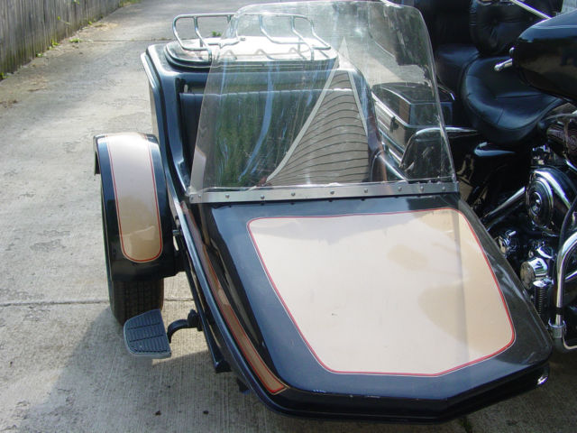 Hitchhiker Sidecar wide body