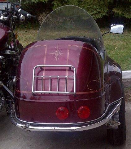 California Friendship Sidecar with luggage rack