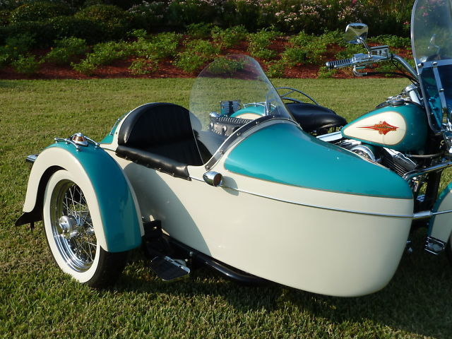 Champion Legend Sidecar two tone paint