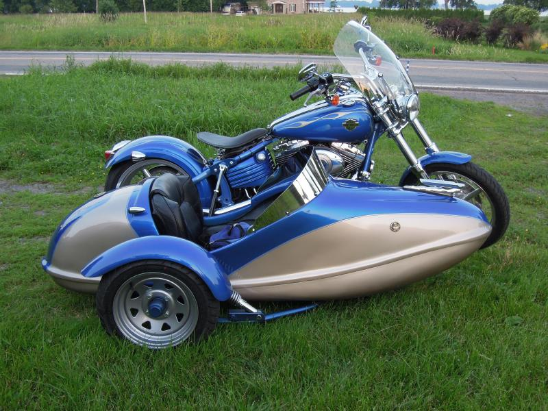 International Sidecar blue