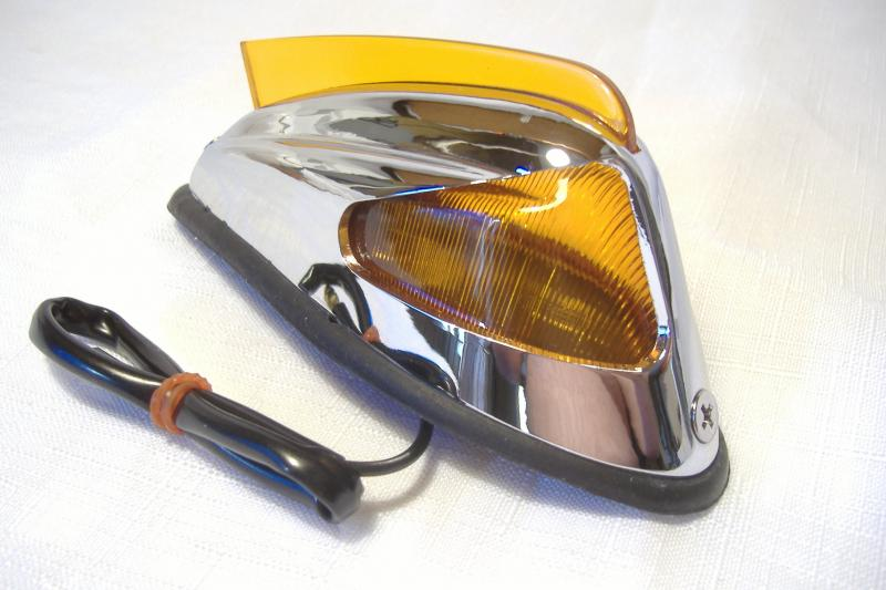 4 3/4'' amber motorcycle sidecar fender marker light with fin