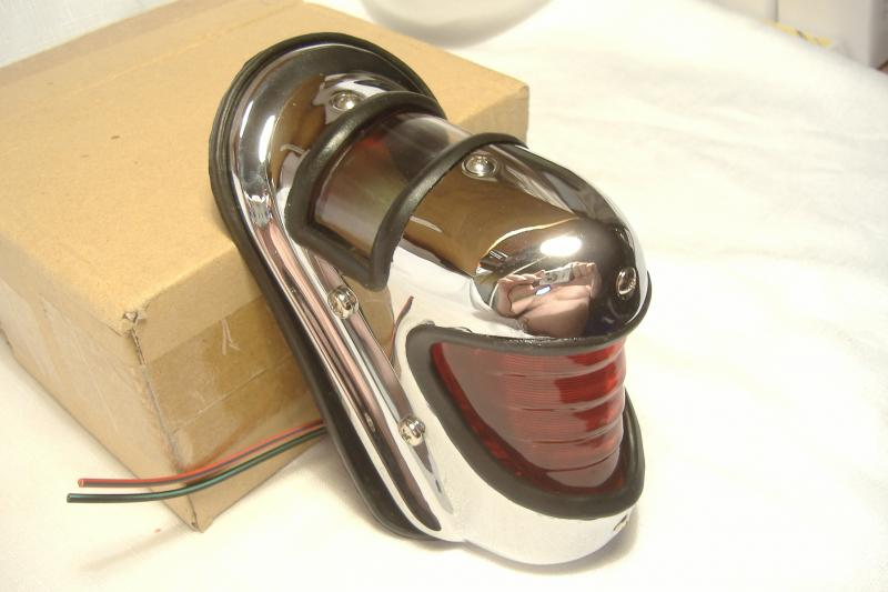 Harley Davidson style Beehive Sidecar taillight 1939-1946 side view
